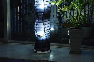 アジアン照明。合わせやすいブラックのフロアスタンドライト